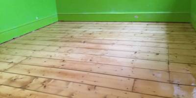 Sanding Pine flooring in Witney